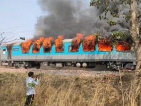 द बर्निंग ट्रेन बन गई दिल्ली—देहरादून शताब्दी एक्सप्रेस, धू—धू कर जल गया चलती ट्रेन का कोच