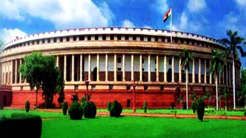 आईटी की संसदीय समिति में तमाशा!
